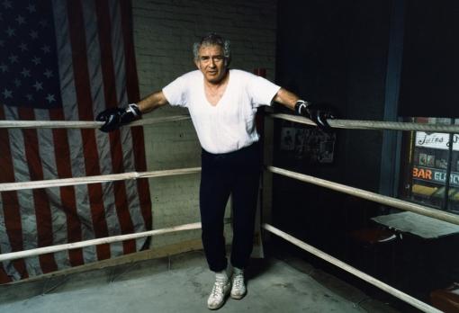 Mailer boxing ring