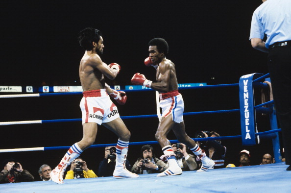 Boxing: WBC Welterweight Title: Sugar Ray Leonard (R) in action vs Roberto Duran during fight at Olympic Stadium. Montreal, Canada 6/20/1980 CREDIT: Neil Leifer (Photo by Neil Leifer /Sports Illustrated/Getty Images) (Set Number: TC24665 )