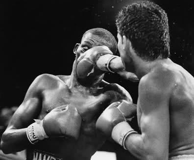 Mayweather took too many Chavez right hands.