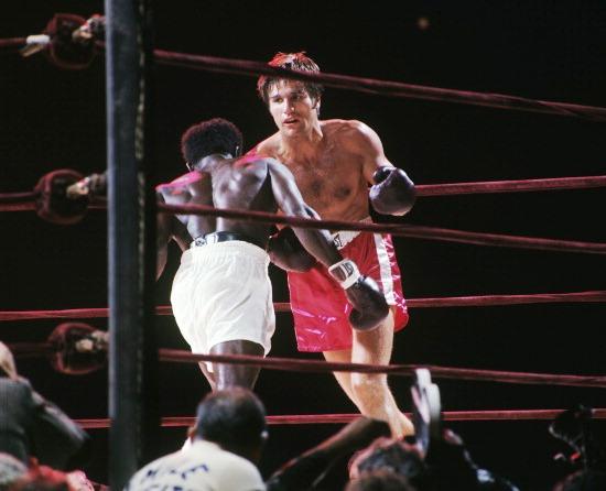 Emile Griffith vs Nino Benvenuti II (Neil Leifer - Sports Illustrated - Getty Images 7)