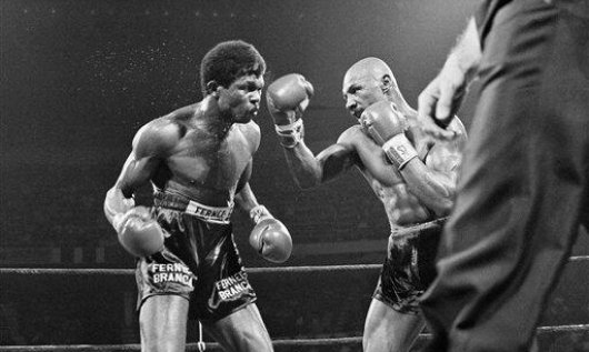Hagler battering Fulgencio the first time around.