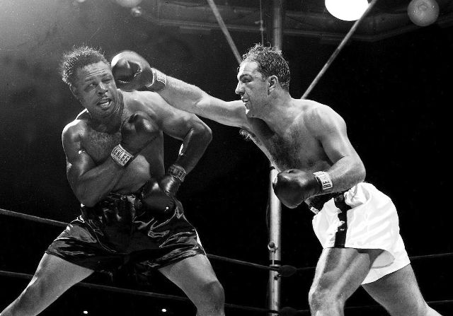 moore-vs-marciano-crop-222