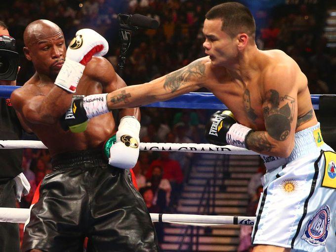 Floyd-Mayweather-Jr-vs-Marcos-Maidana-001