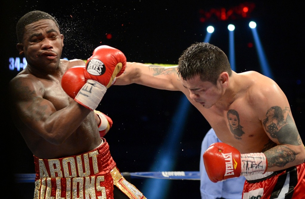 Maidana's intensity proved too much for Broner
