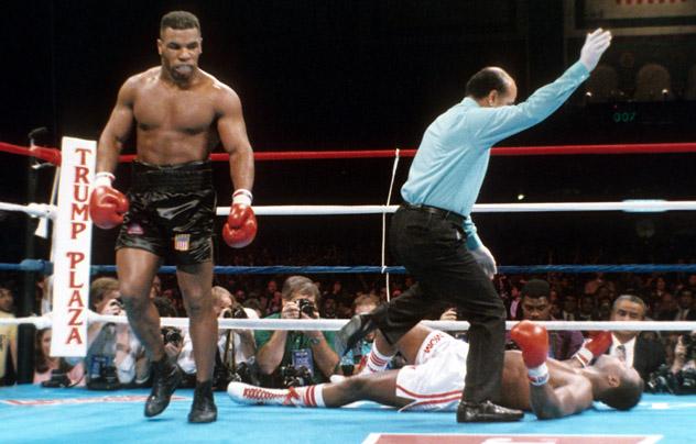 Mike Tyson v Larry Holmes