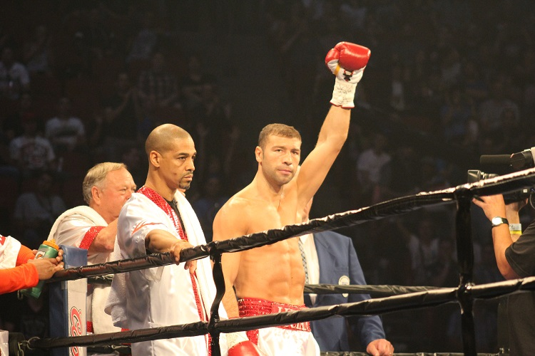 Bute before the fight.