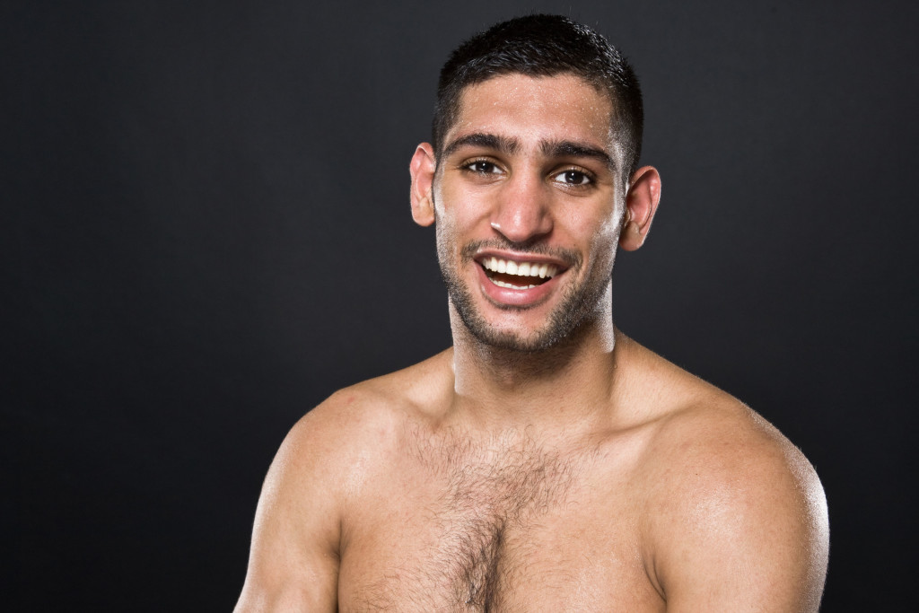 Hi. My name is Amir Khan. Floyd Mayweather dicked me around for ages. Sure hope Manny doesn't!