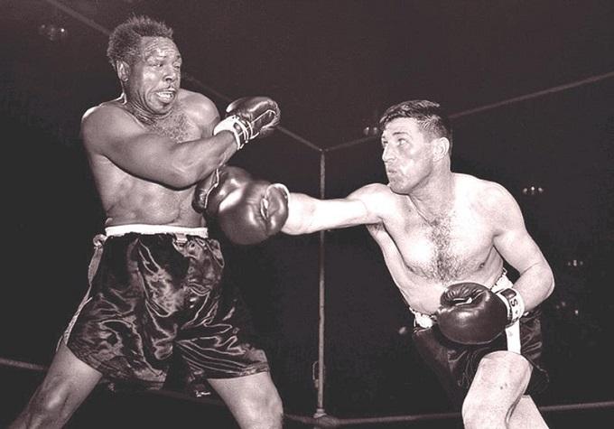 Dec. 10, 1958: Moore vs Durelle I