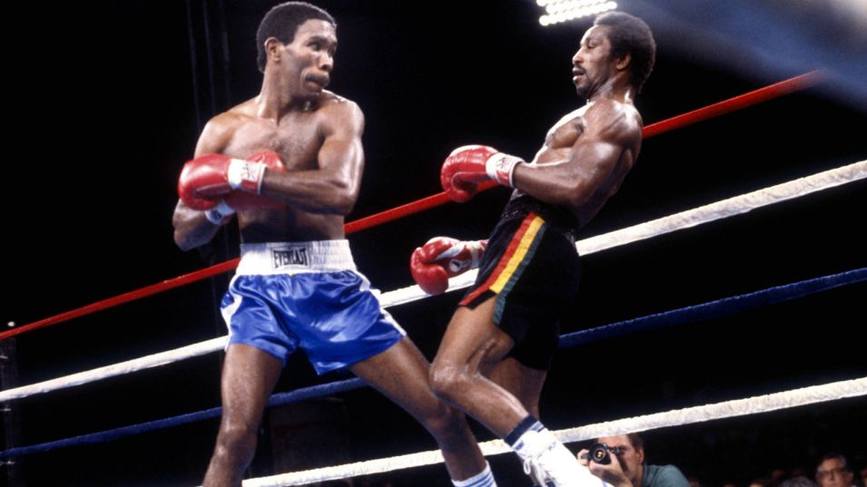 Davis defeated former world champ Claude Noel in 1982.