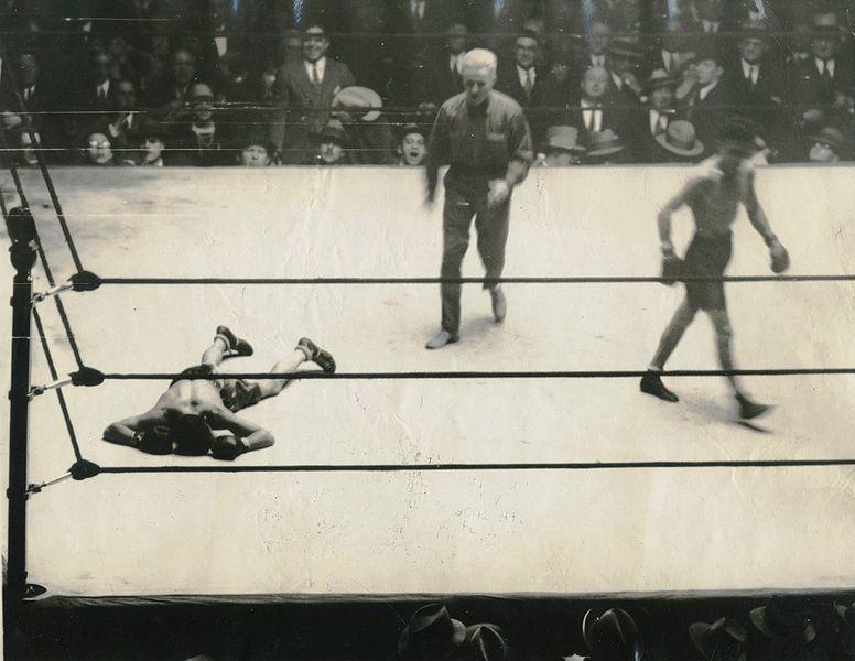 Jan. 21, 1927: LaBarba vs Clark