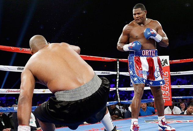 Ortiz watches Thompson fall again.