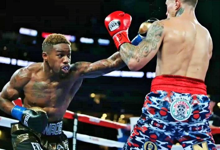 Monroe had things his way against Rosado.