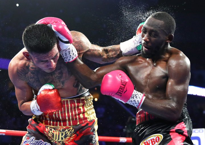 Crawford vs Benavidez