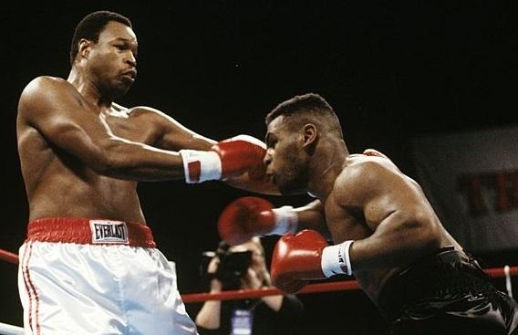 Tyson vs Holmes