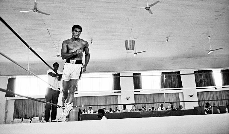 Ali training in Zaire